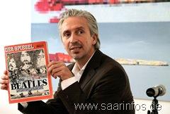 Der für die Titelbildgestaltungzuständige Spiegelredakteur Stefan Kiefer hielt die Laudatio 6535w